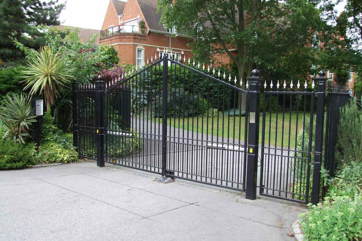Home Auto Main Swing Gate