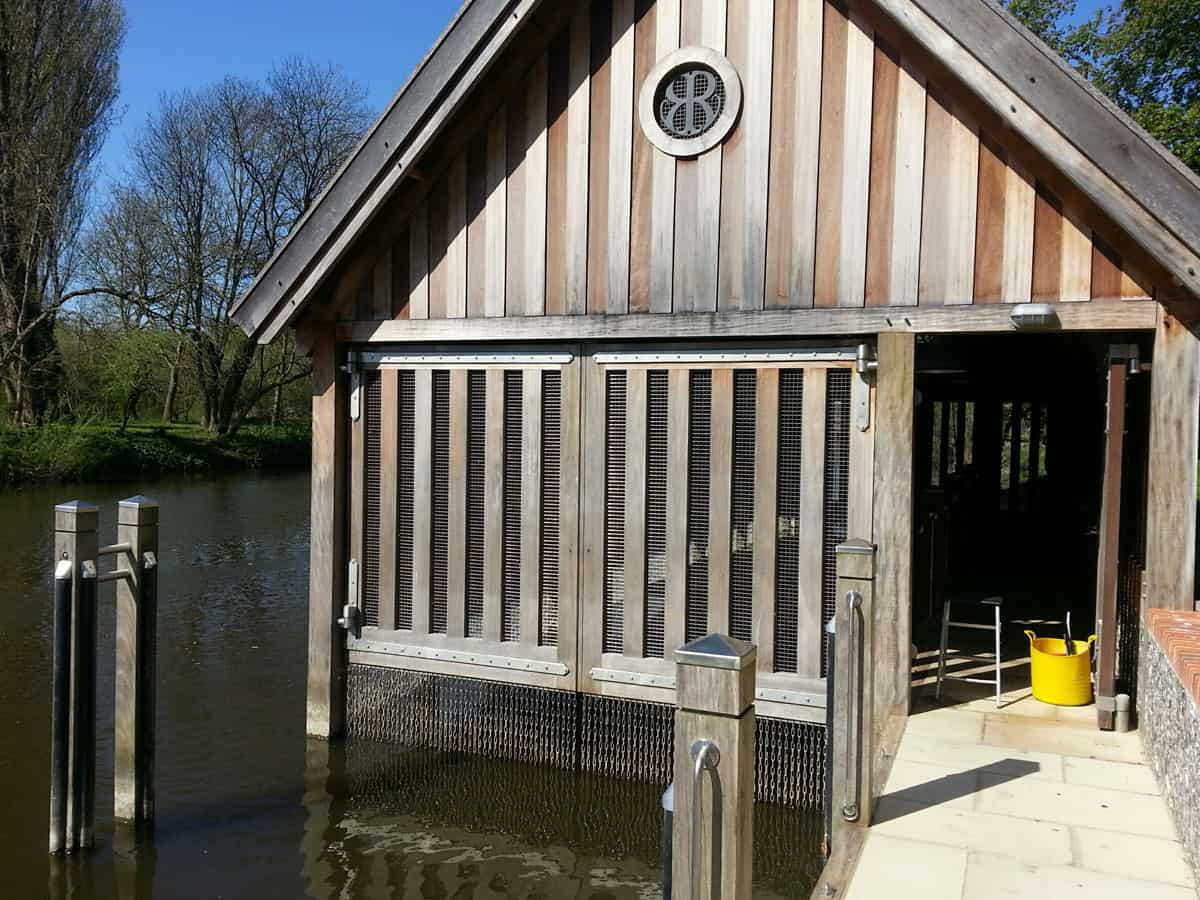 Automatic Boat House Gates