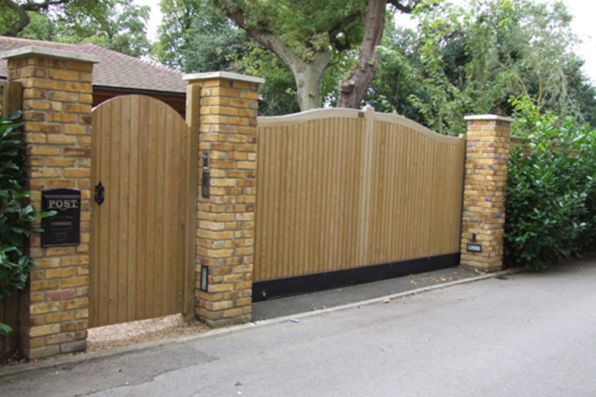 Timber Wood Plank Auto Swing Gates