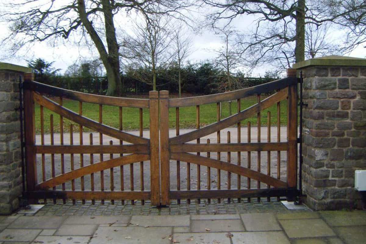 Timber Wood Fencing Design Swing Gates